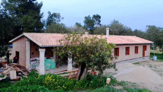 En construcción: Casa de paja en Porreres (II)